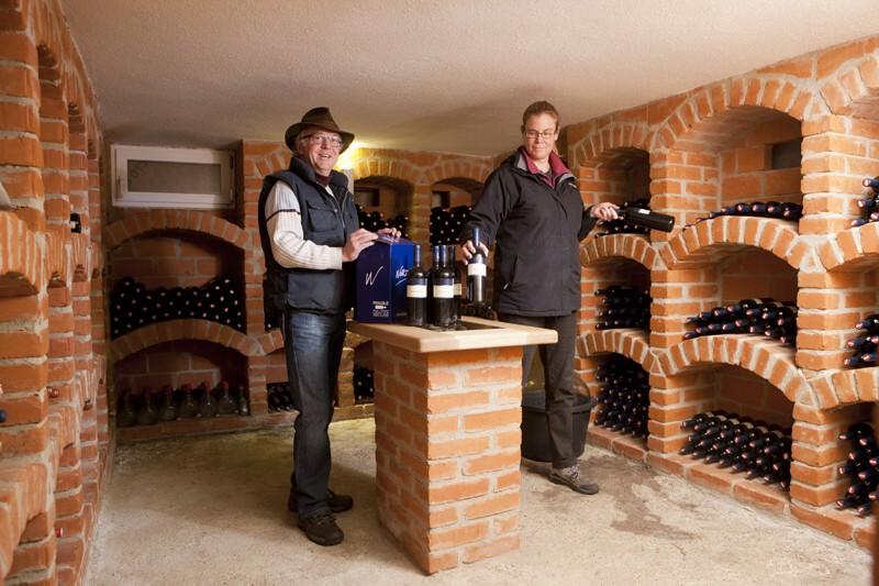 Josef und Pia Wurzinger im Keller